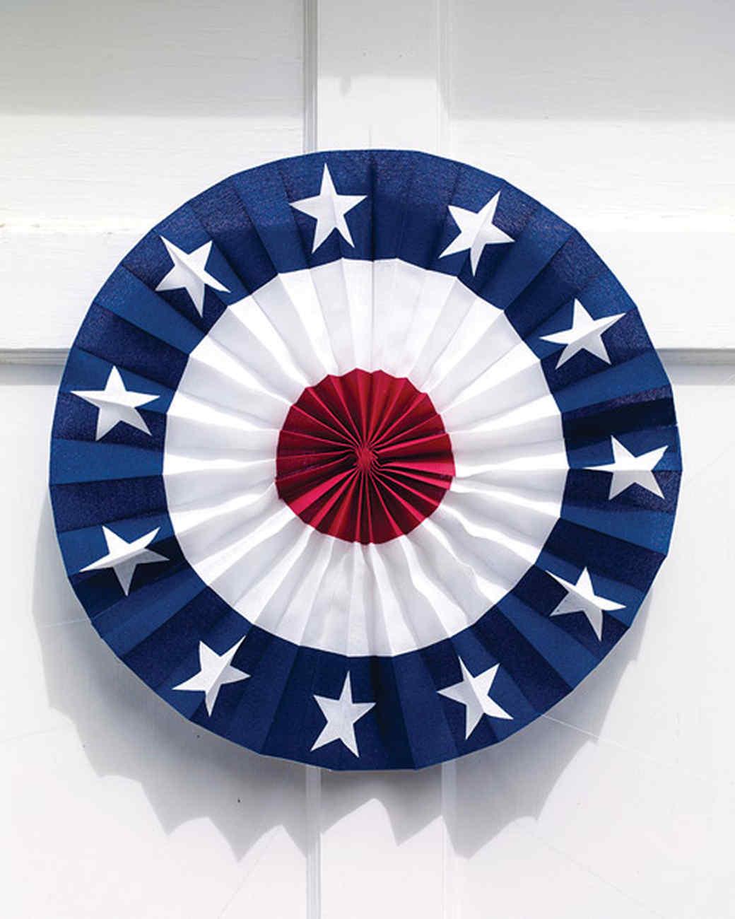 Patriotic Door Medallion & Patriotic Door Medallion | Martha Stewart