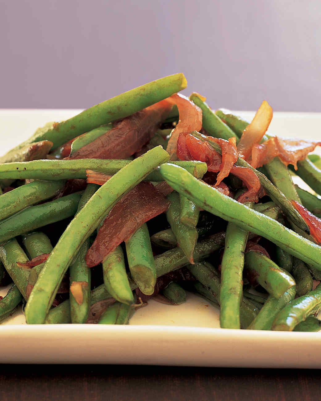 Sauteed Green Beans and Red Onion
