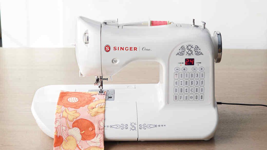 sewing-machine-mld110973-011.jpg