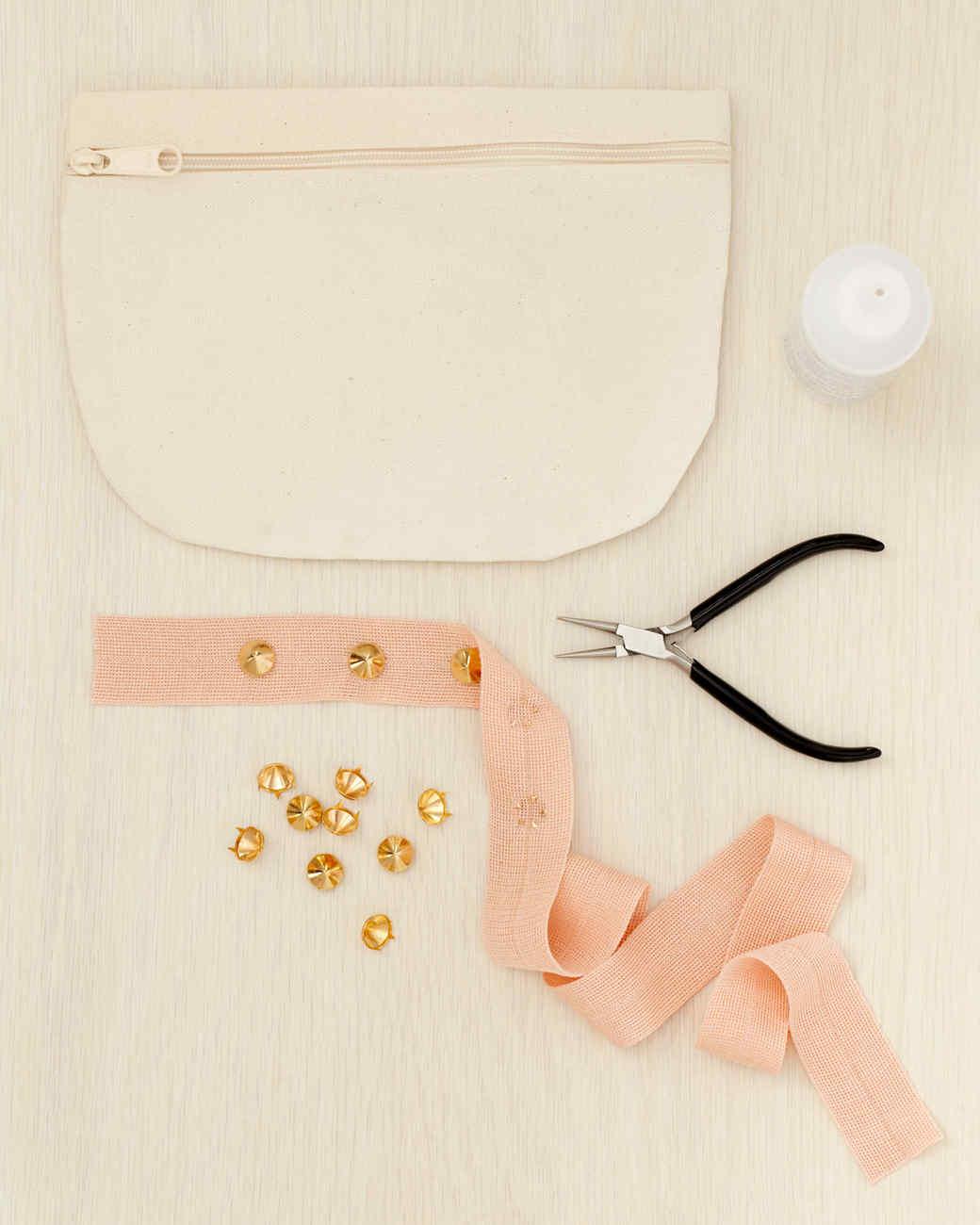 studded-bag-how-to-wld109036.jpg