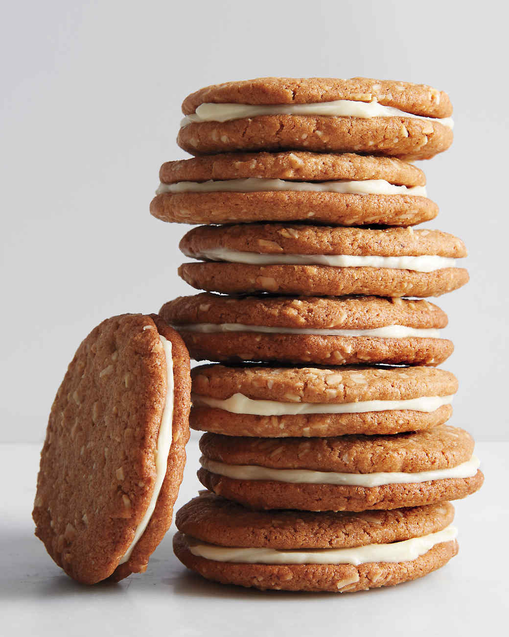almond-butter-cookie-md110878.jpg