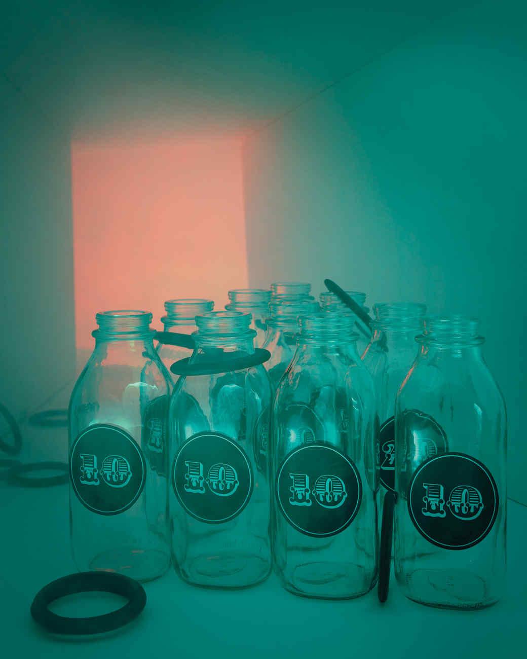 bottle-ring-toss-005-md109073.jpg