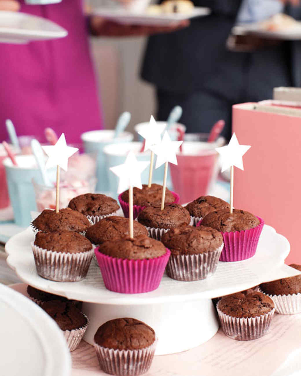 Book themed baby shower martha stewart - Aperitivos para baby shower ...