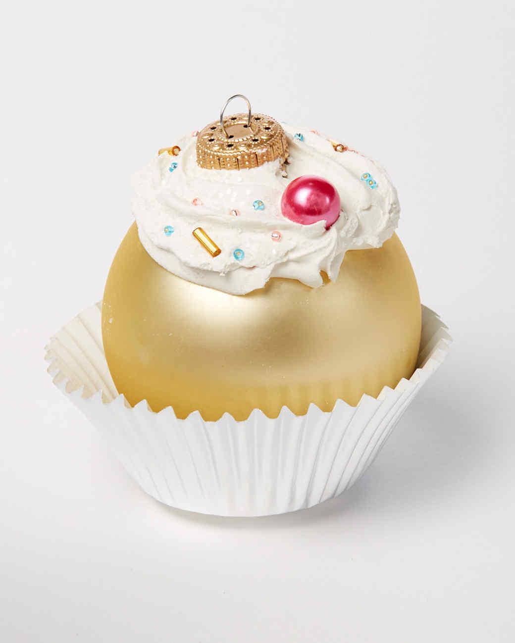 cupcake ornaments single