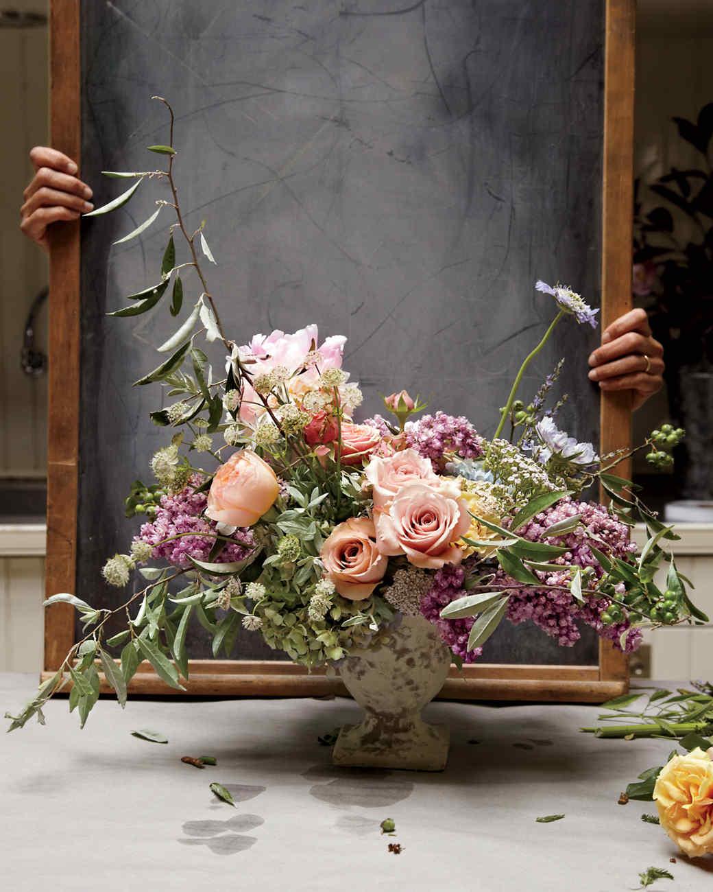 floral-arrangement2-mld107663.jpg