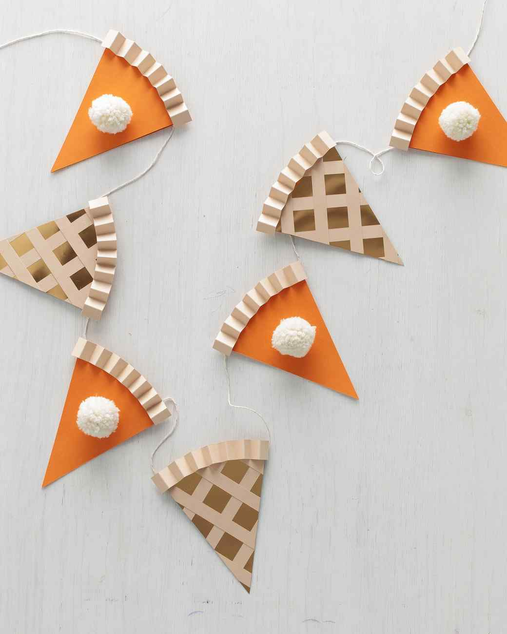 go ahead  cut a slice  string your own thanksgiving pie garland