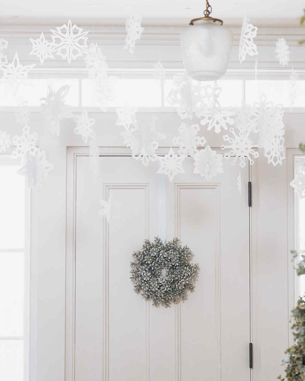 10 Ways to Have a White Christmas (Without the Snow) | Martha Stewart