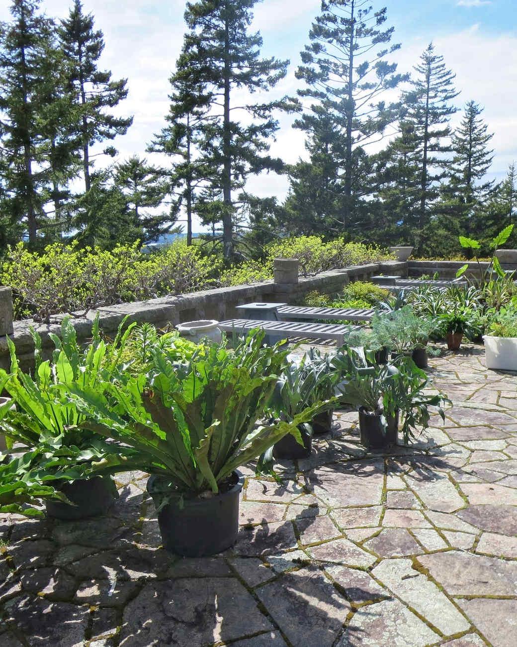 planting-urns-skylands-4-0514.jpg