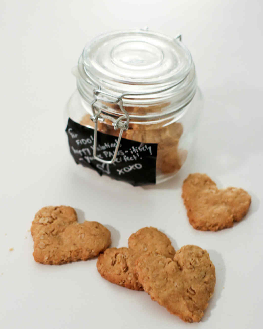 Valentine S Day Dog Treats In A Jar Martha Stewart