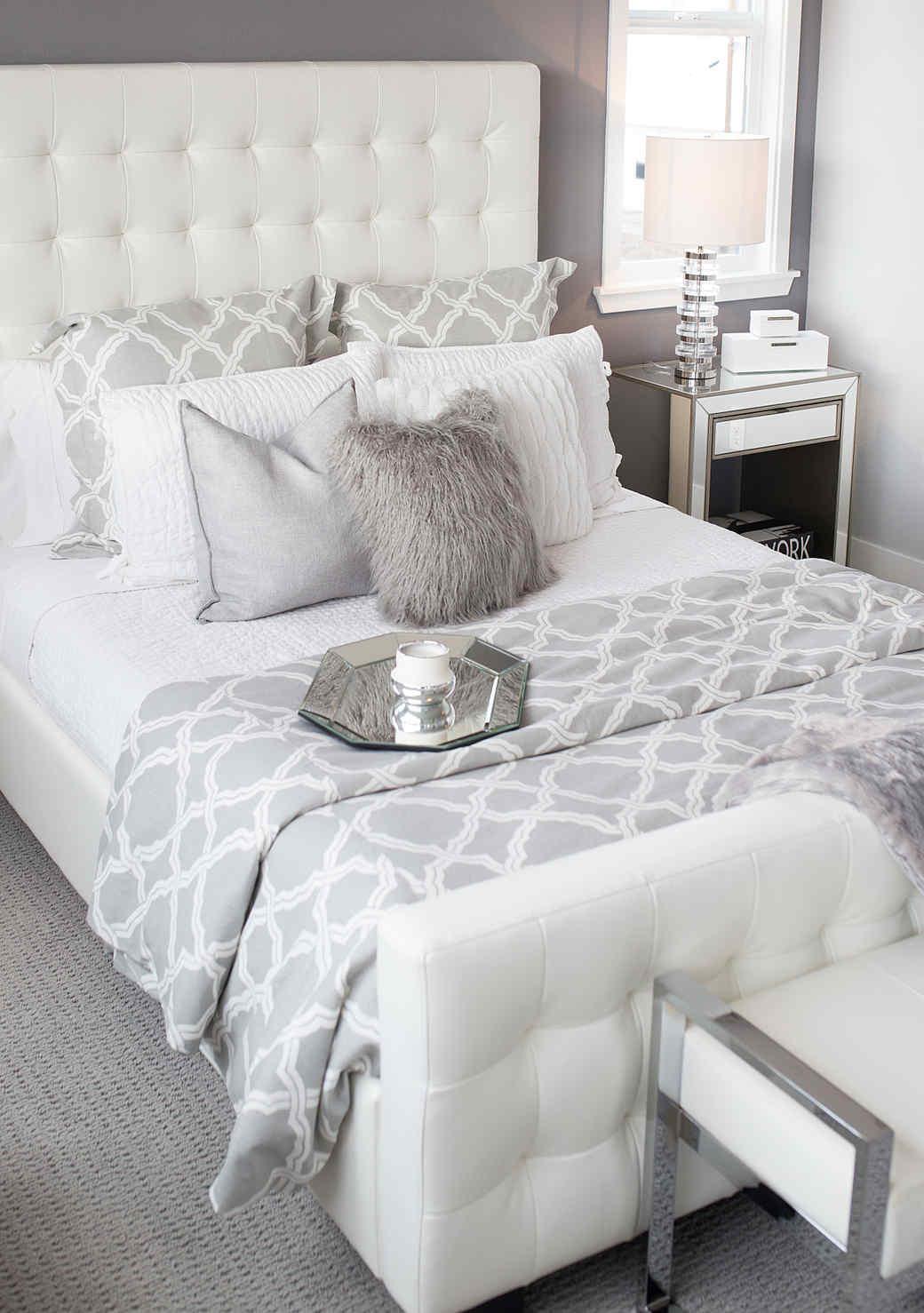 5 Ways to Cozy Up Your Bedroom Decor