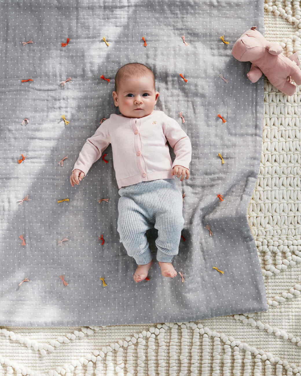baby quilt with ties