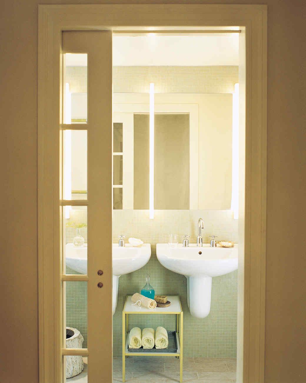 bathing-beauty-16-d100363-0915.jpg