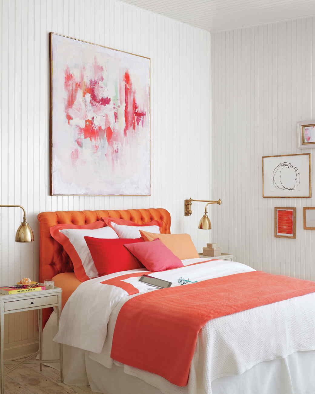 Lovely Color Blocking Decorating