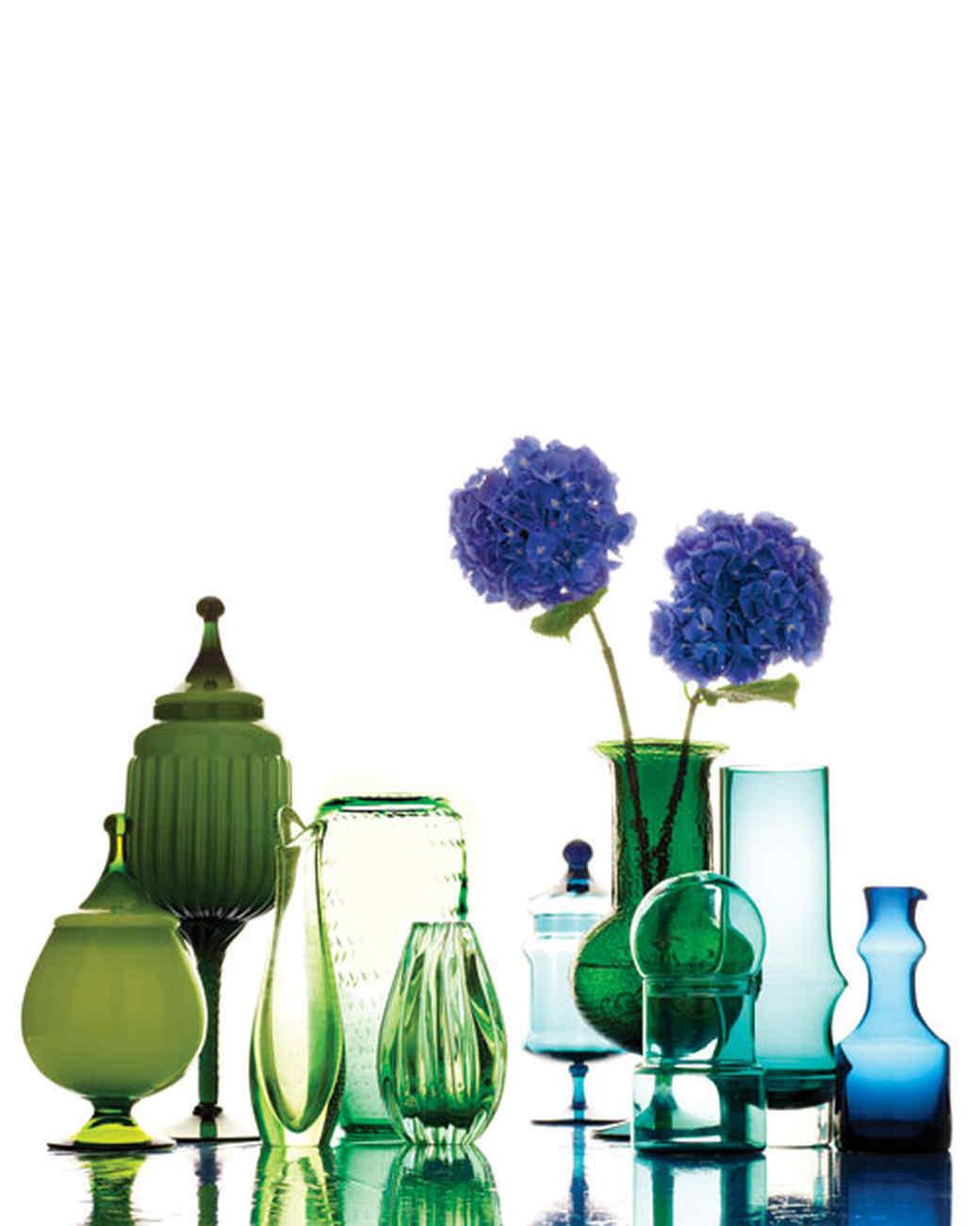 glass-vases-jars-0511mld107082.jpg