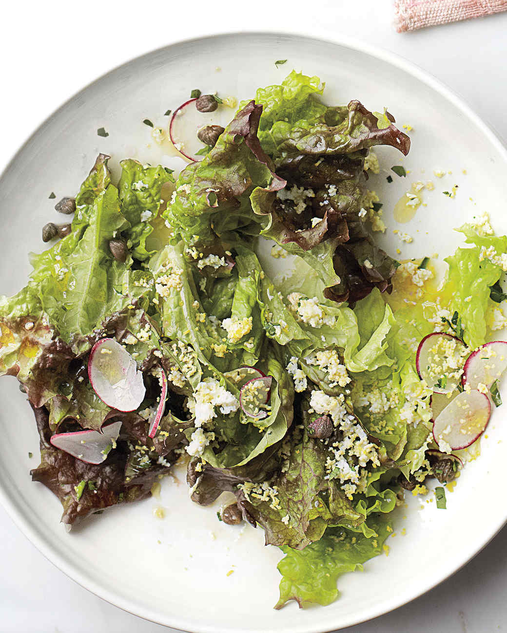 green-salad-eggs-0511med106942.jpg