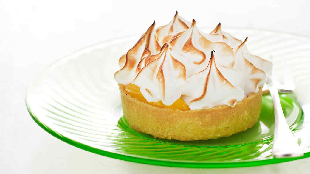How to make lemon meringue tarts recipe