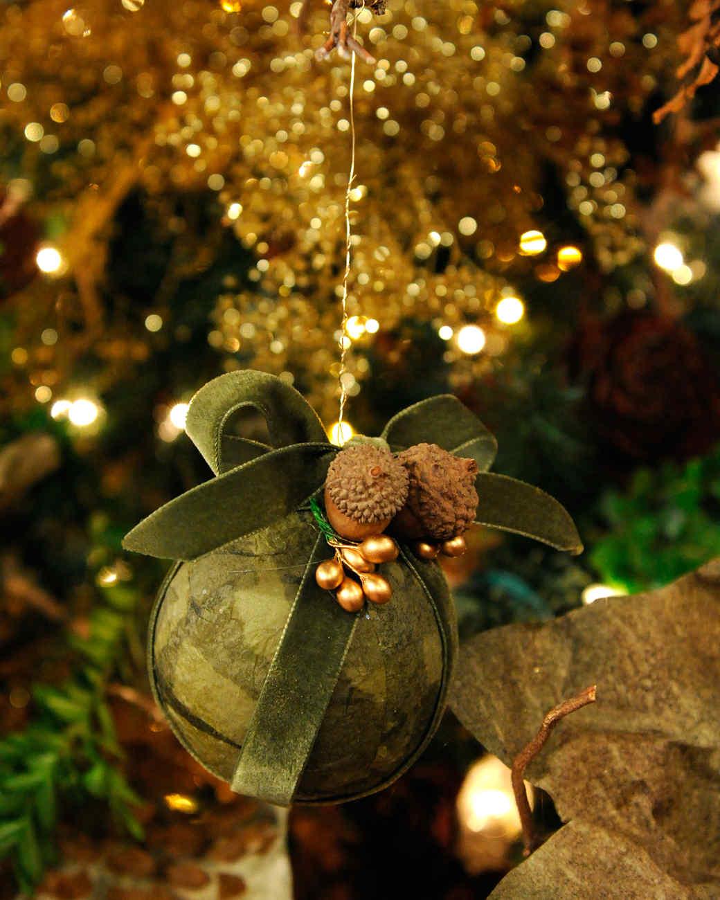 tissue-paper-ornament-mslb7053.jpg