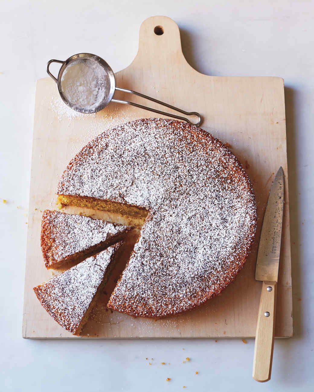 almond-polenta-cake-146-d111738.jpg