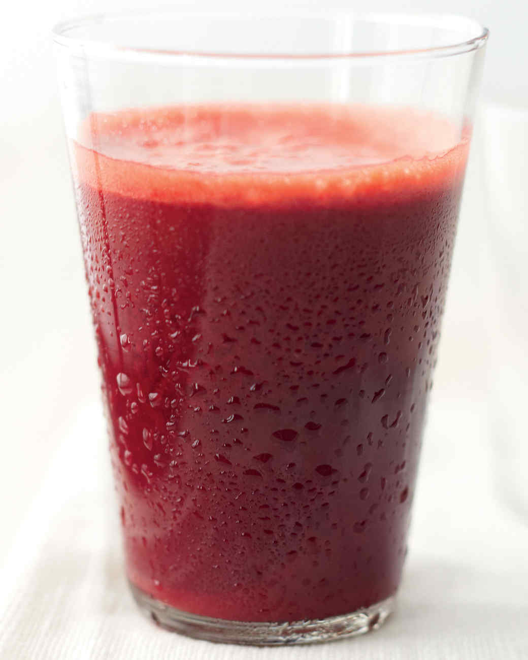 beet-apple-mint-juice-mbd108052.jpg