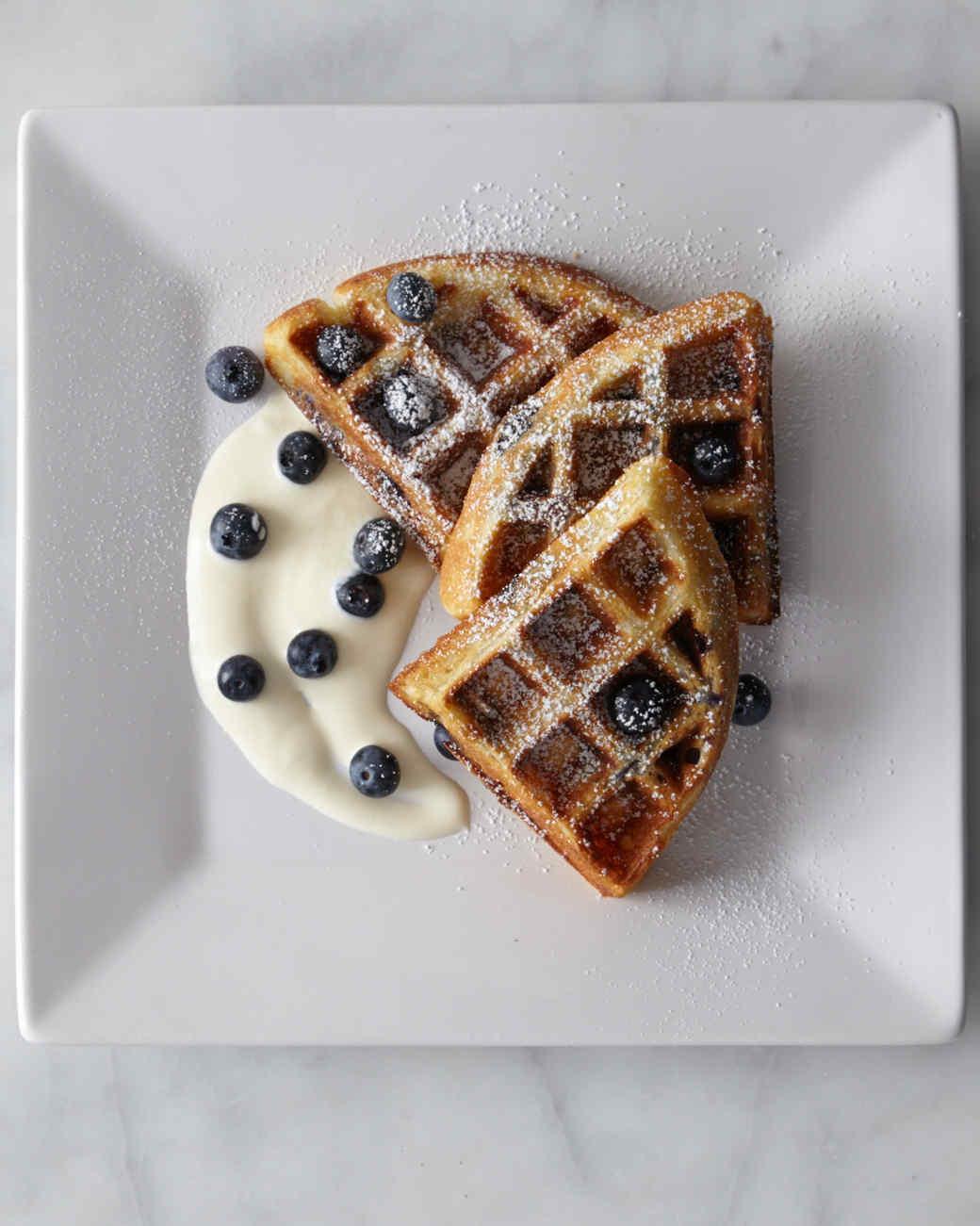 blue-berry-waffles-0511-d112420.jpg