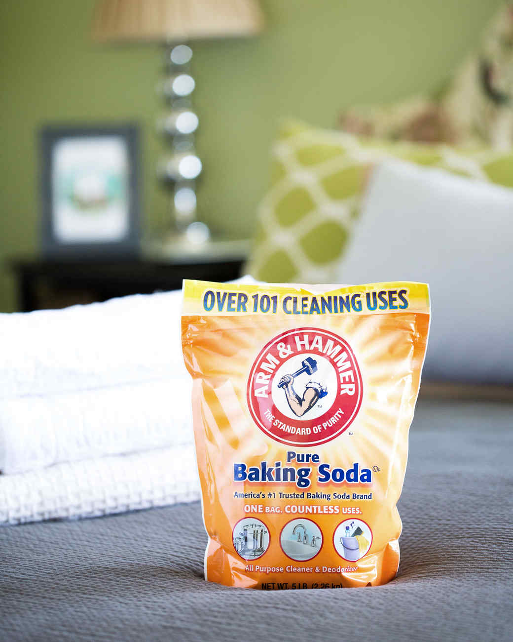 how-to-freshen-baking-soda-0316.jpg