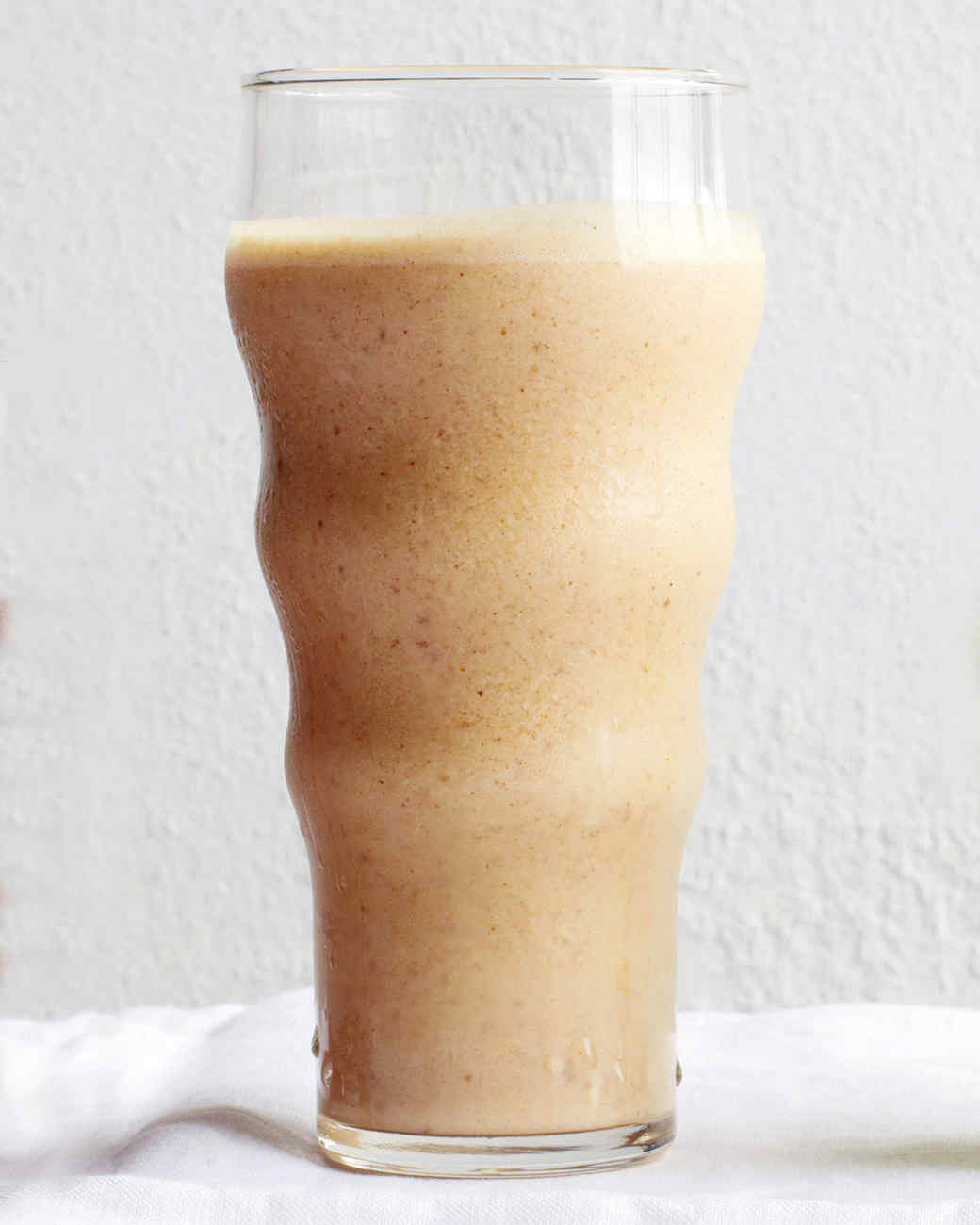 Almond Date Smoothie