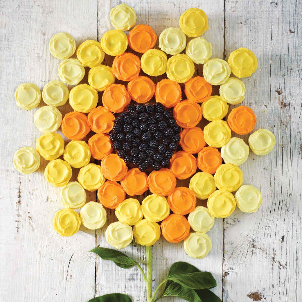 Easy Buttercream for Sunflower Cupcake Cake