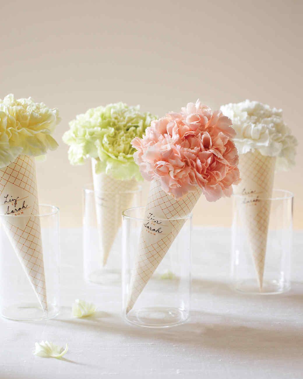 Clip-Art Carnation Cones
