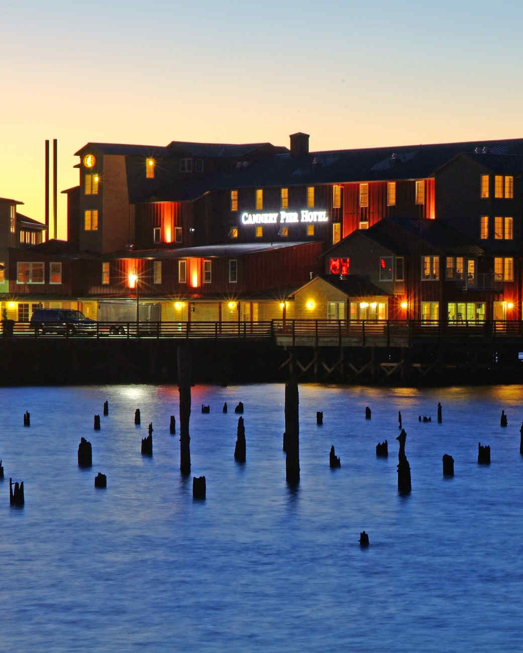 pet-hotels-msl0513-cannery-pier.jpg