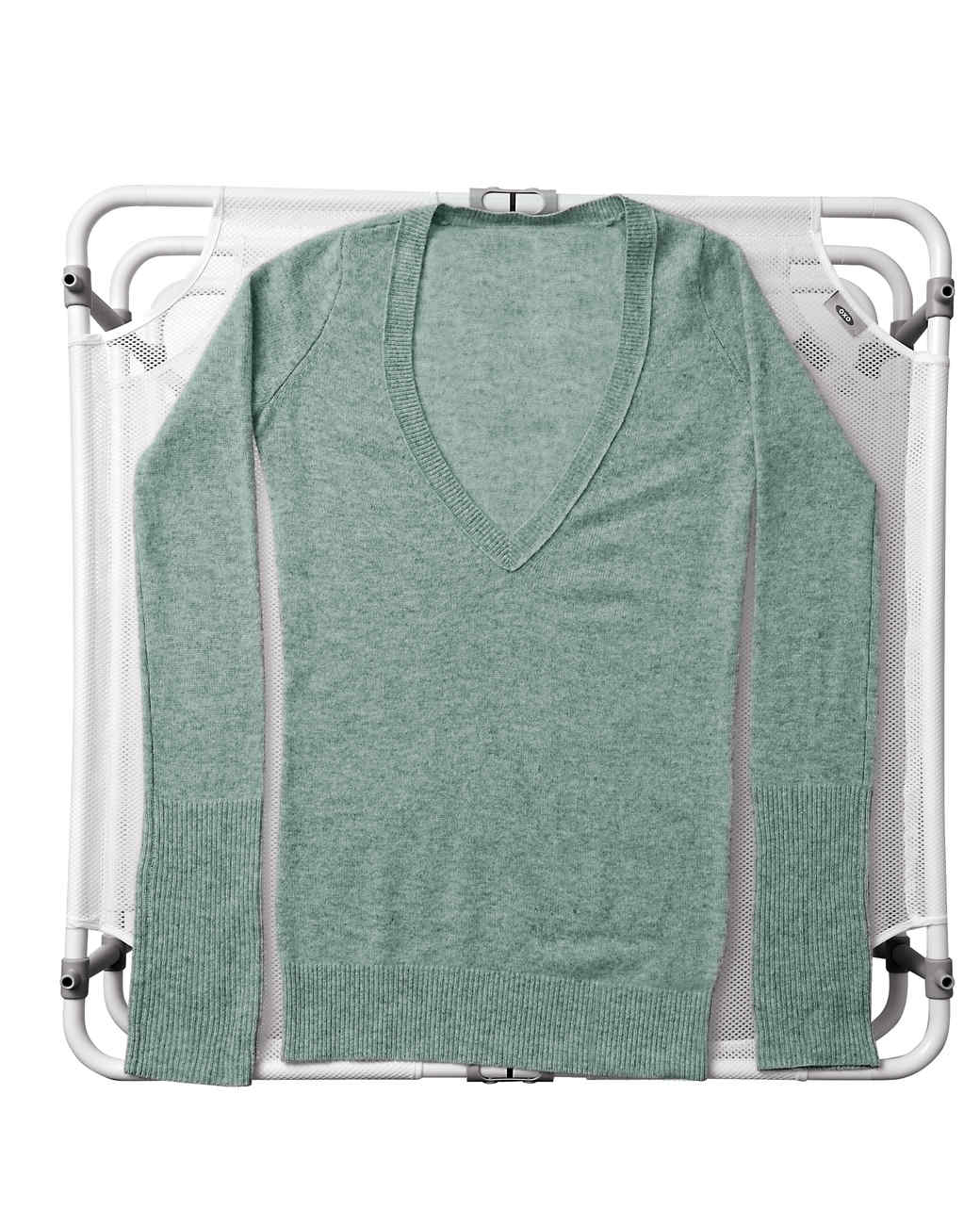 rack-with-sweater-143-d111589-r.jpg