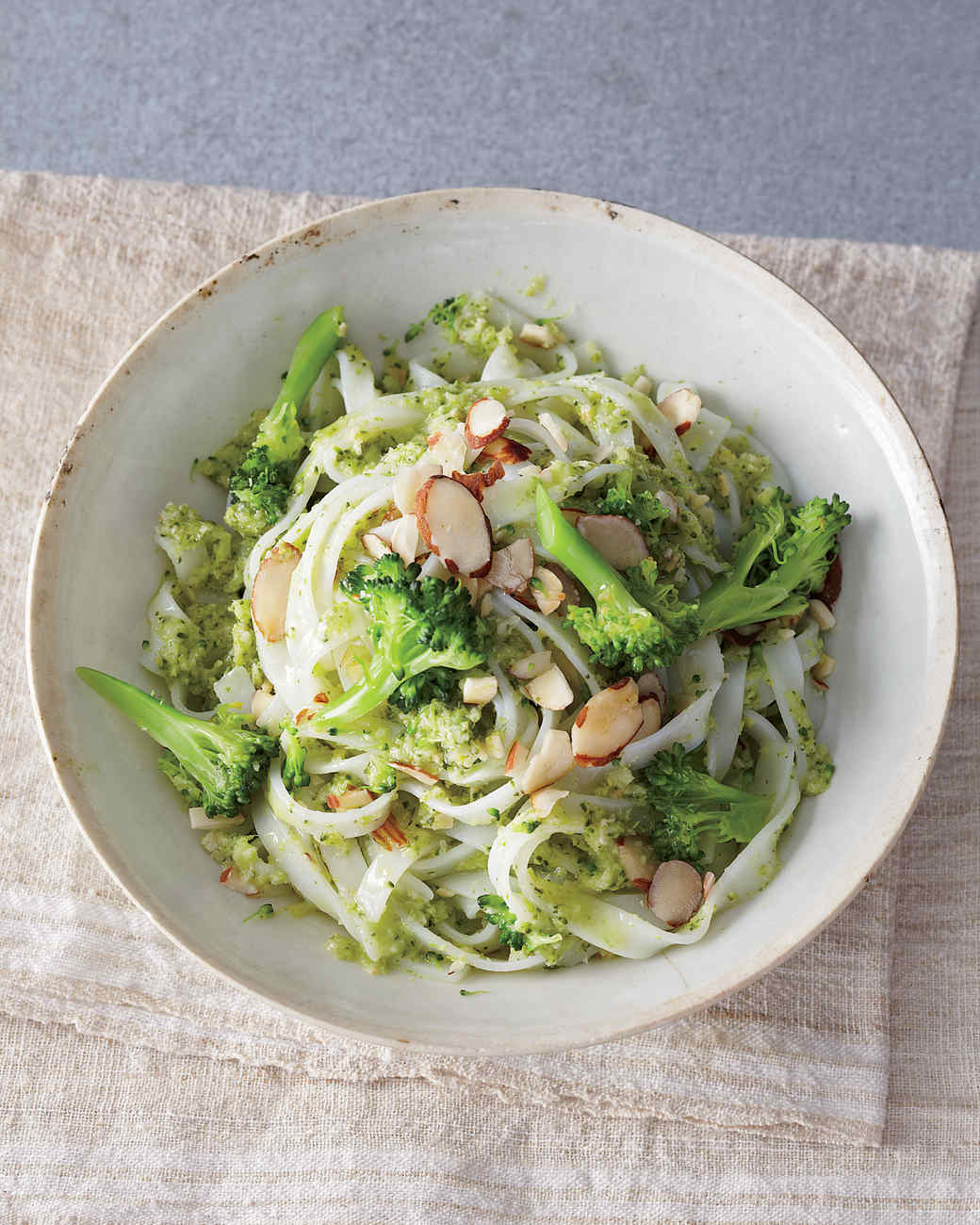 Rice Noodles with Broccoli-Almond Pesto