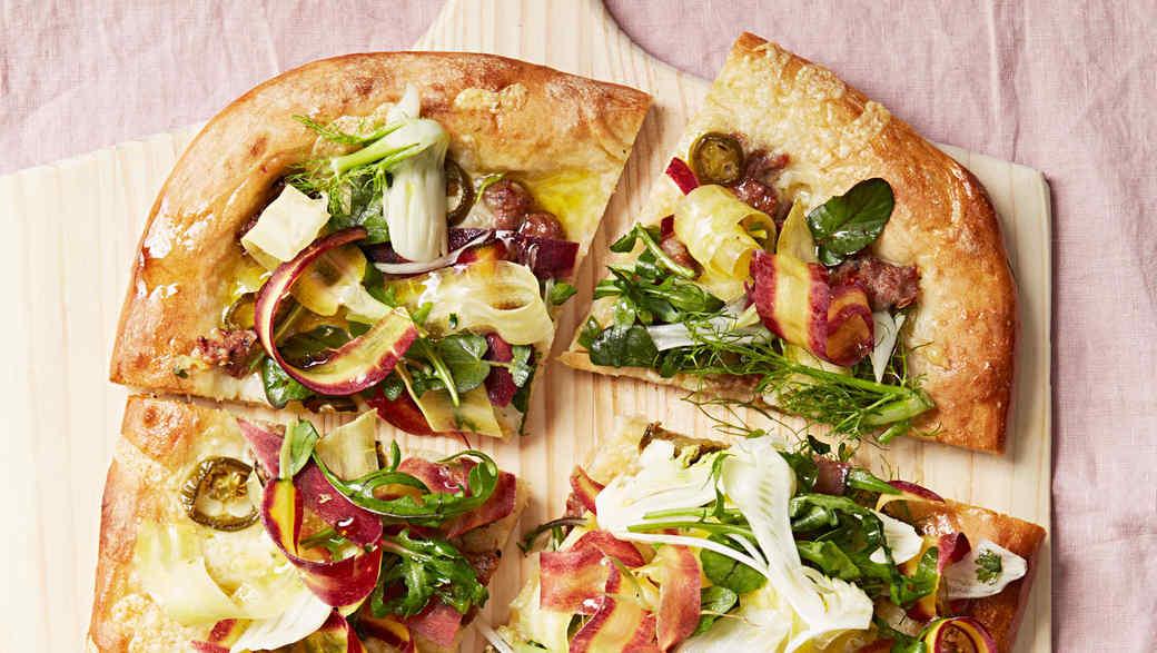 sausage and fontina pizza