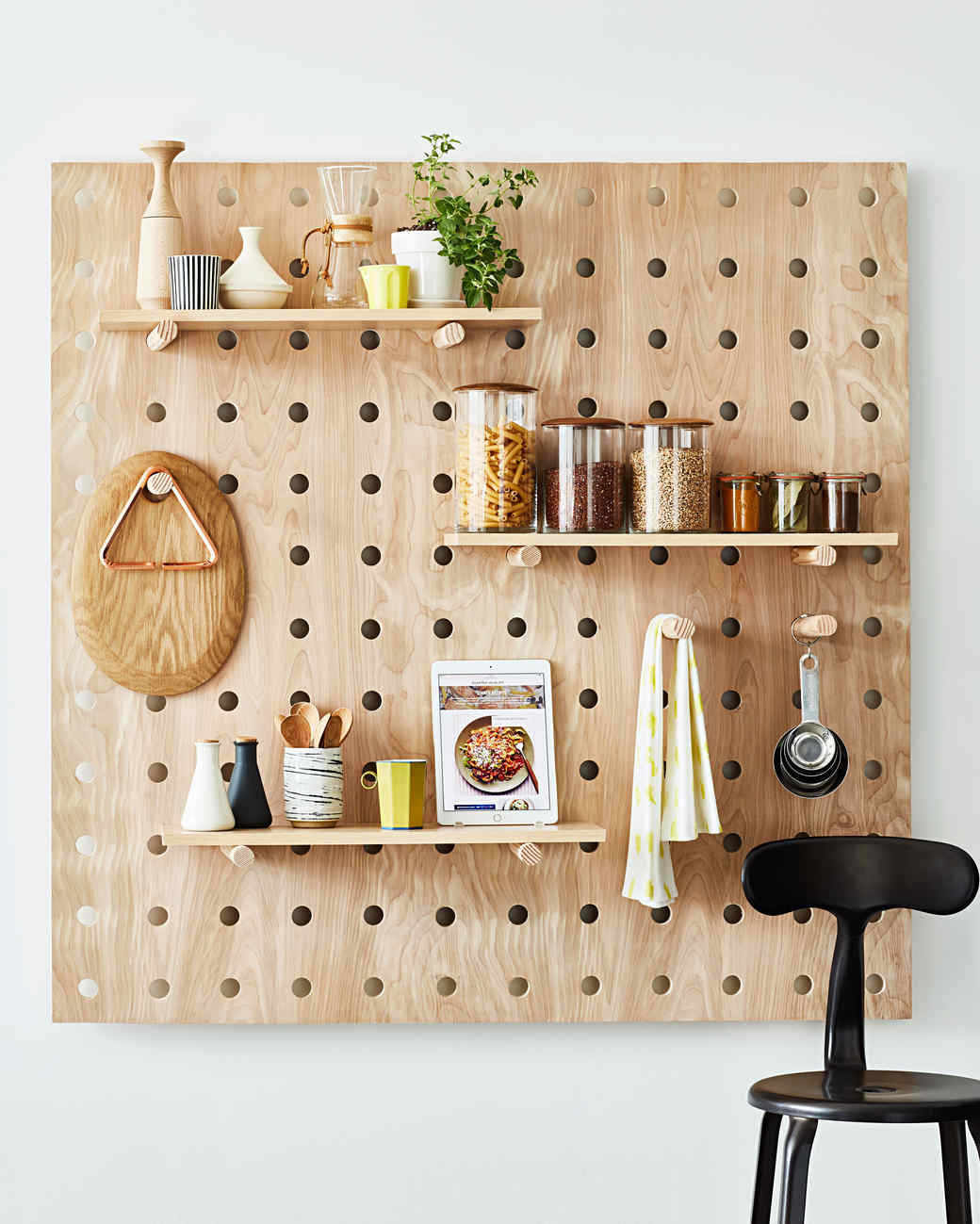 Small Kitchen Organizing Idea