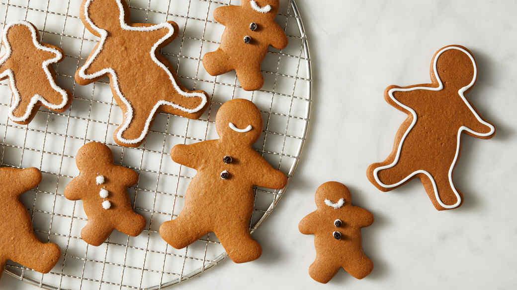 Basic Gingerbread Cookies