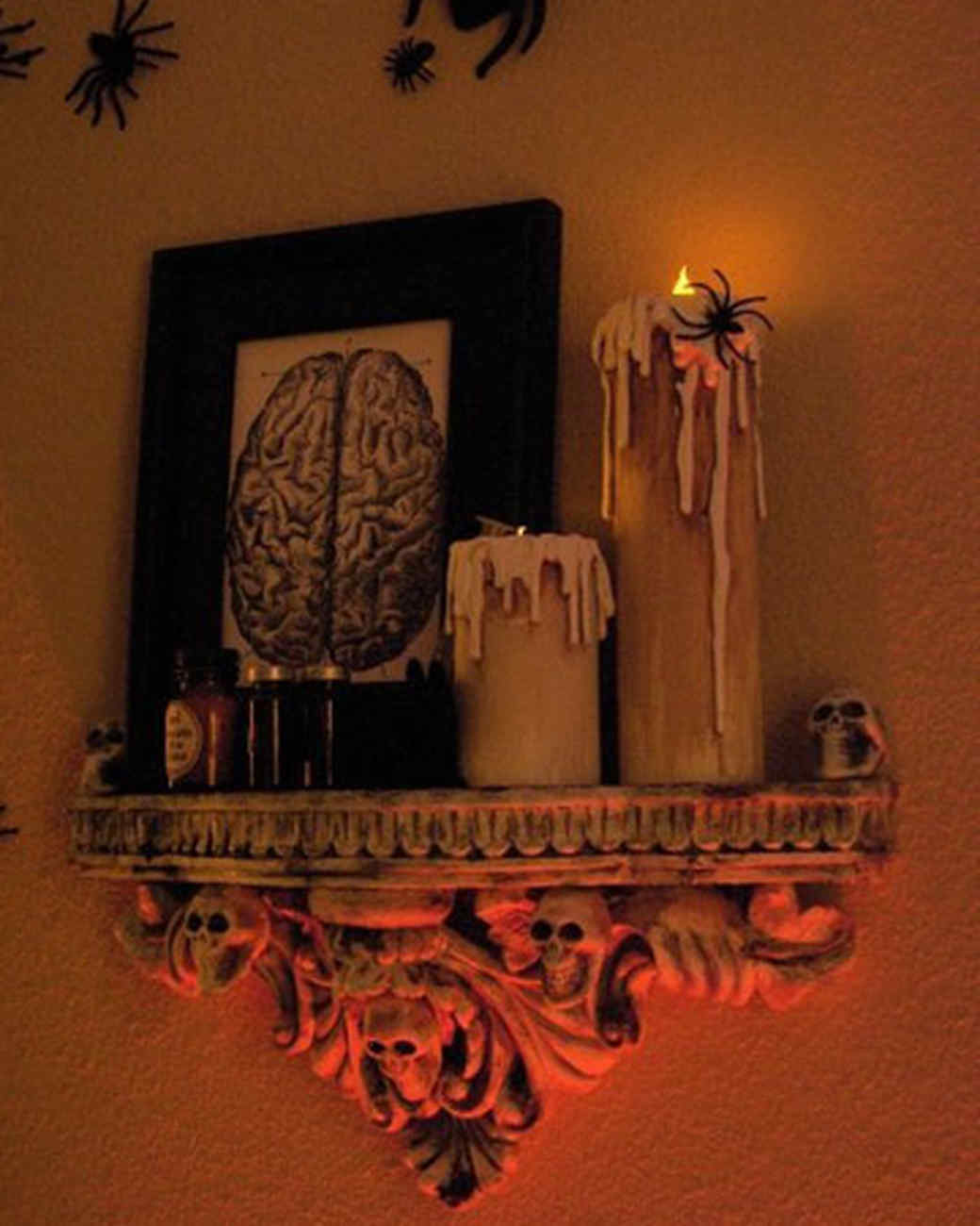 halloween_ugc09_dripping_candles.jpg