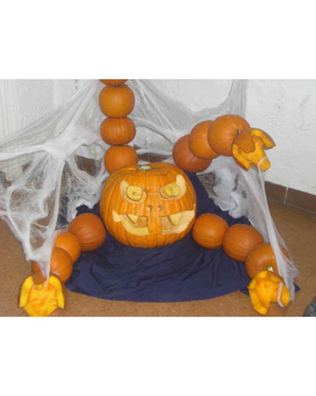 halloween_ugc09_pumpkin_creature.jpg