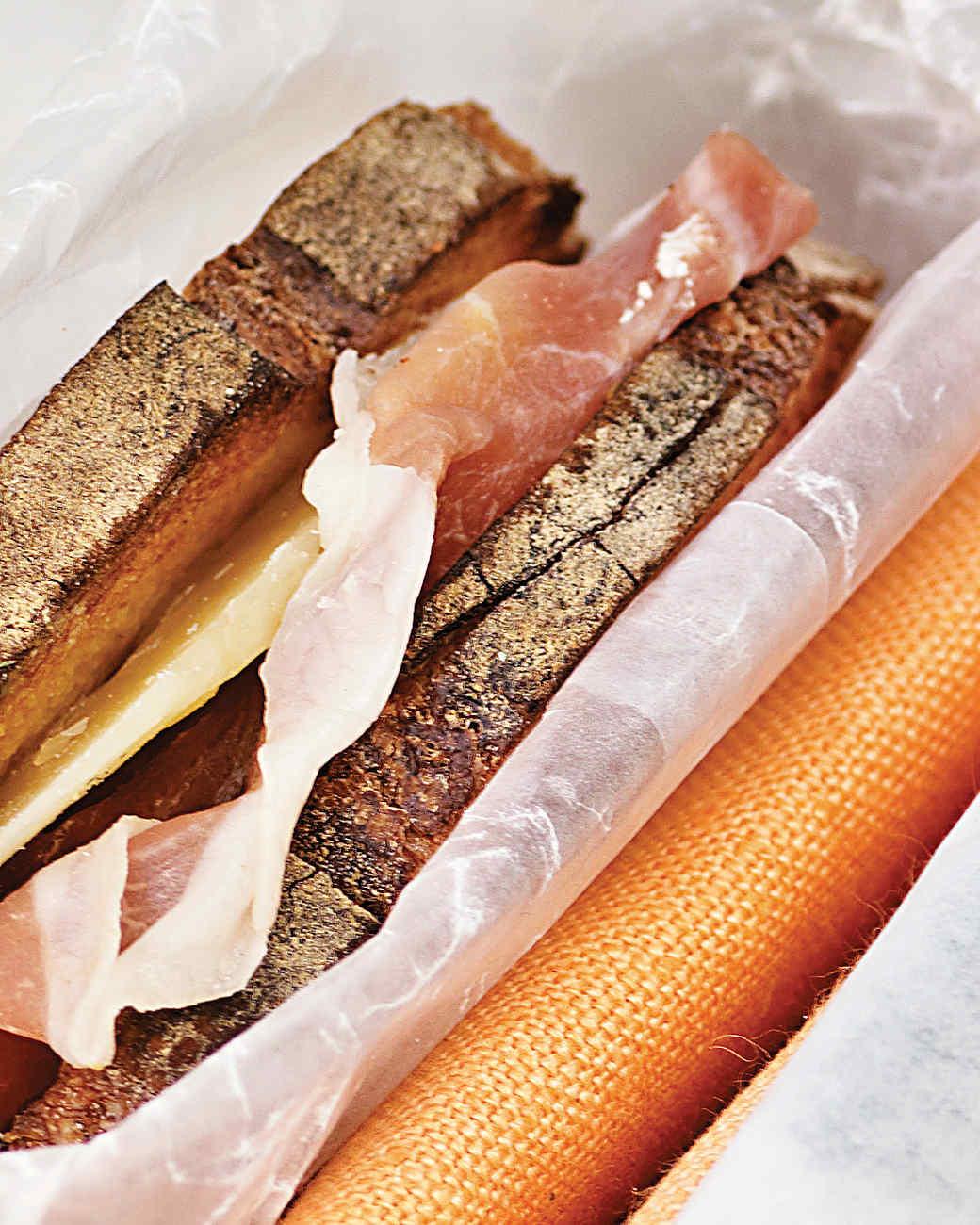 ham-cheese-sandwich-0711md106420.jpg