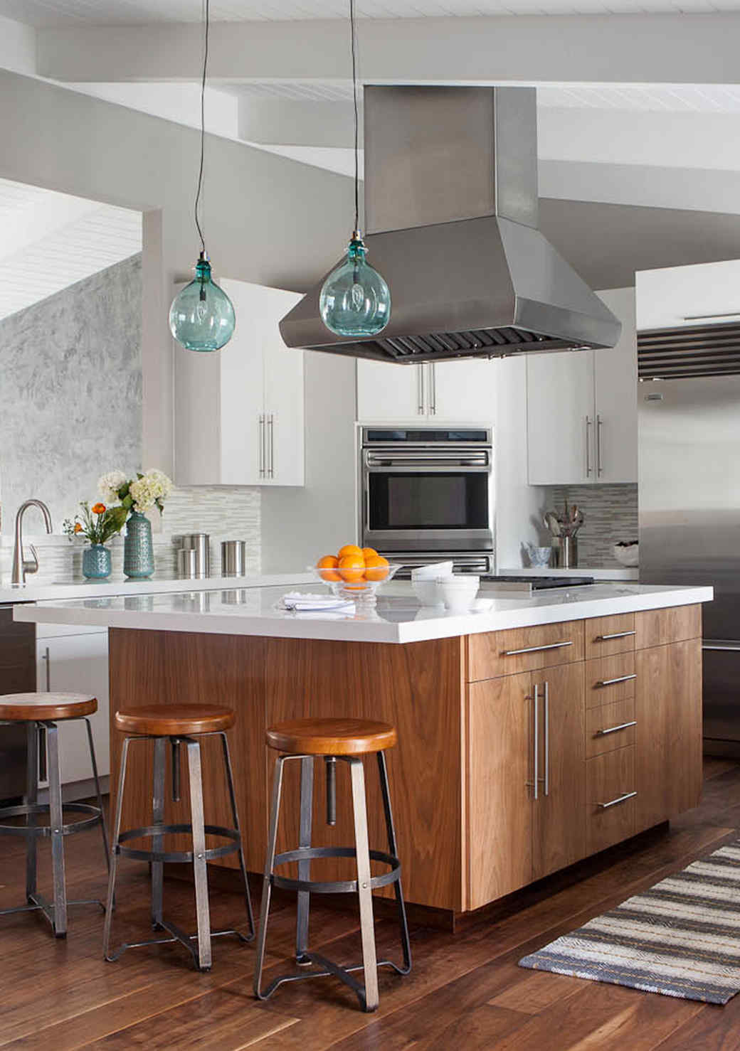 How to Update Your Kitchen Without Losing its Character