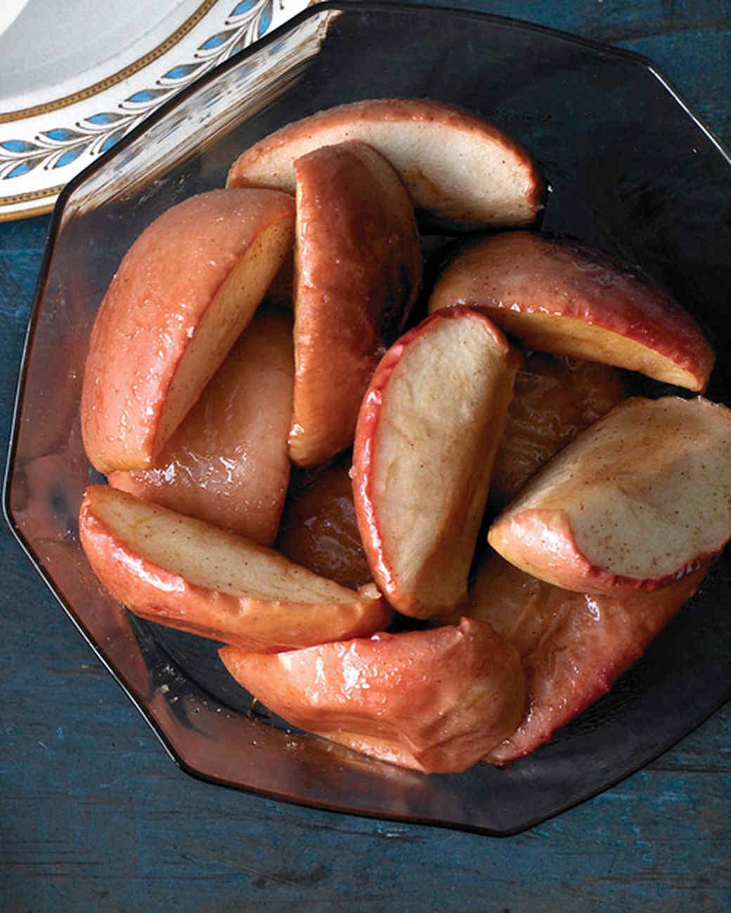 mld105100_1209_1209_roast_apples.jpg