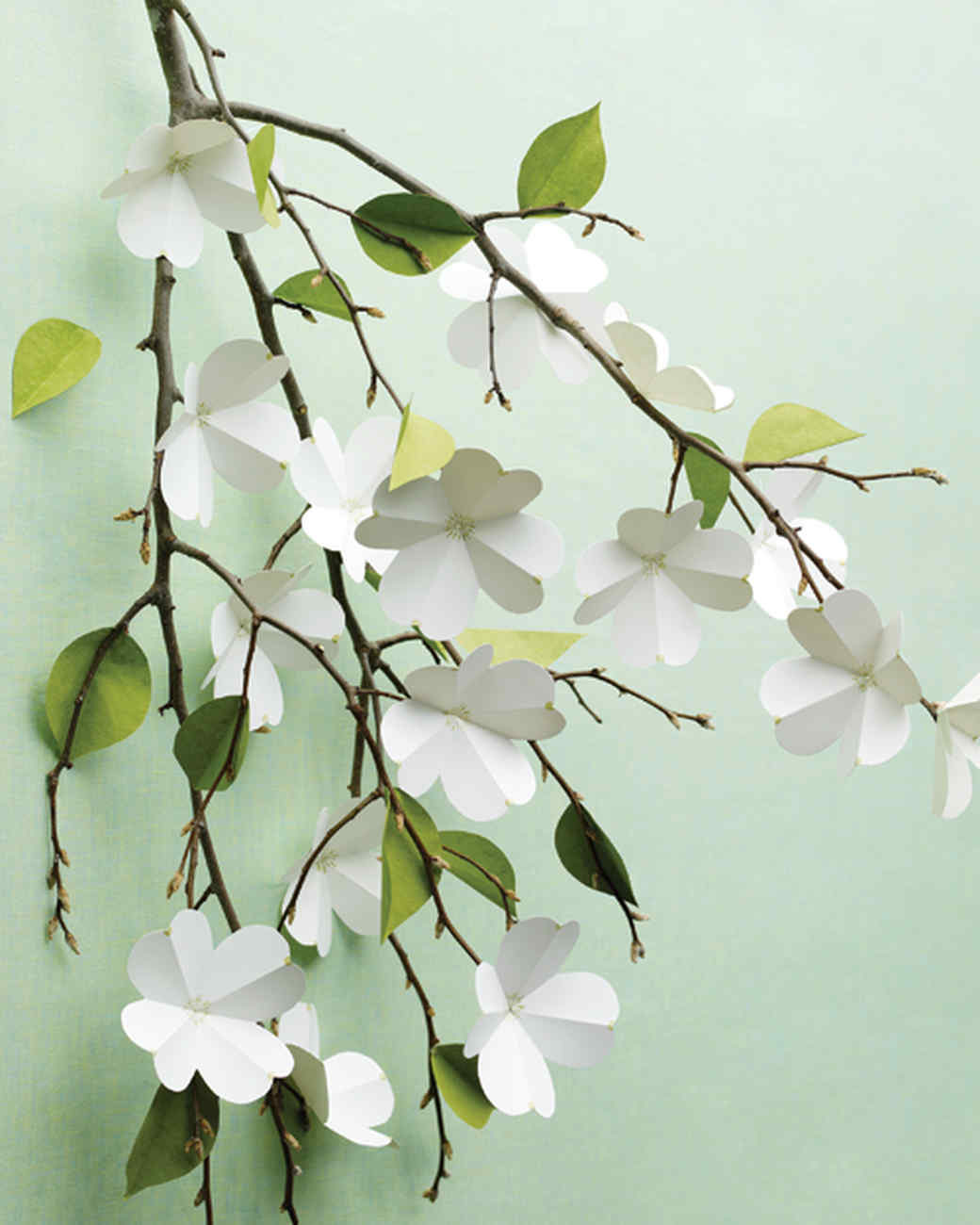 Paper dogwood flowers - Martha Stewart. Pink & Gold Bridal Shower Decor, DIY + Gift Ideas...certainly lovely indeed. Decorating ideas for bridal showers and gift guide as well as DIY ideas for romantic paper flowers!