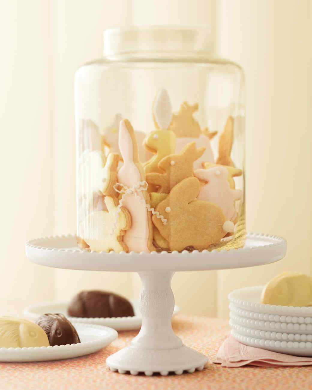 mld106987_0411_bunnies_cookiejar.jpg