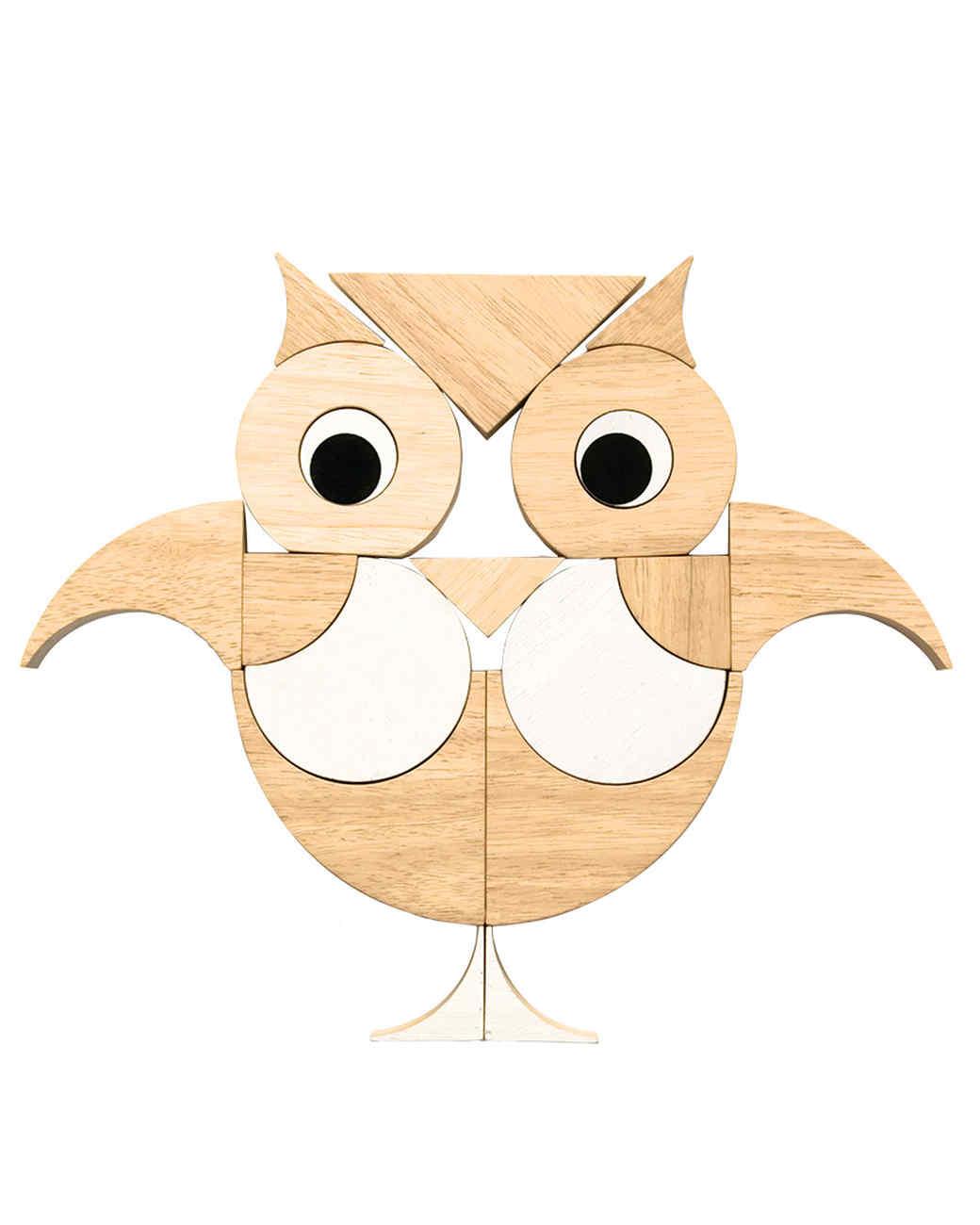 mls106738_1210_owl_on_white_silo.jpg