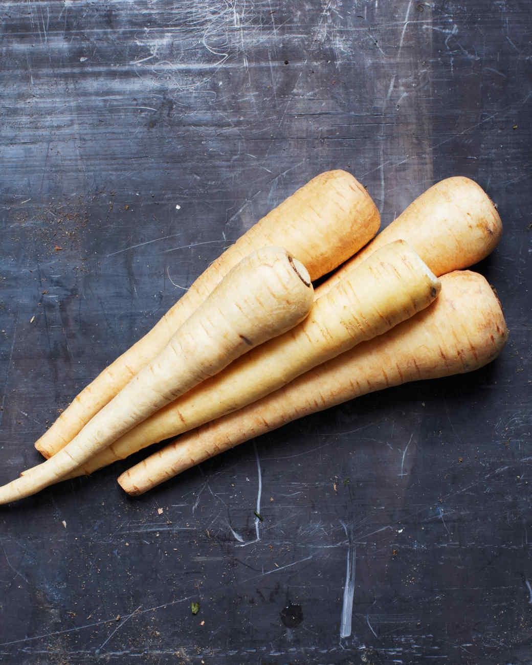 parsnip-roots-tubers-215-d110486.jpg