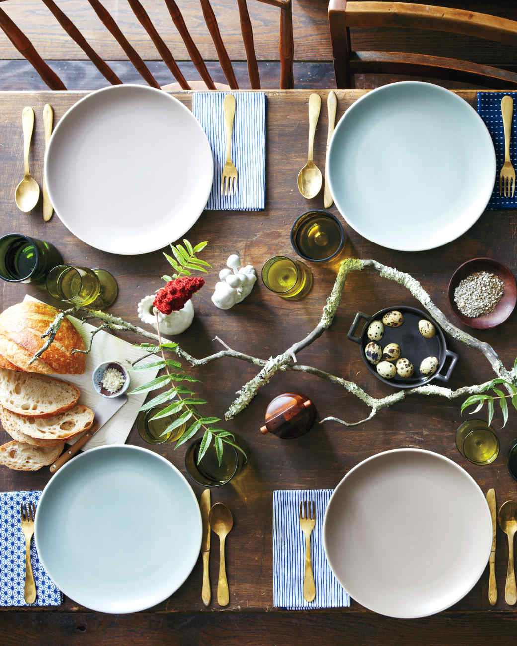 Earthy Touches & Quick and Crafty Thanksgiving Table Toppers | Martha Stewart