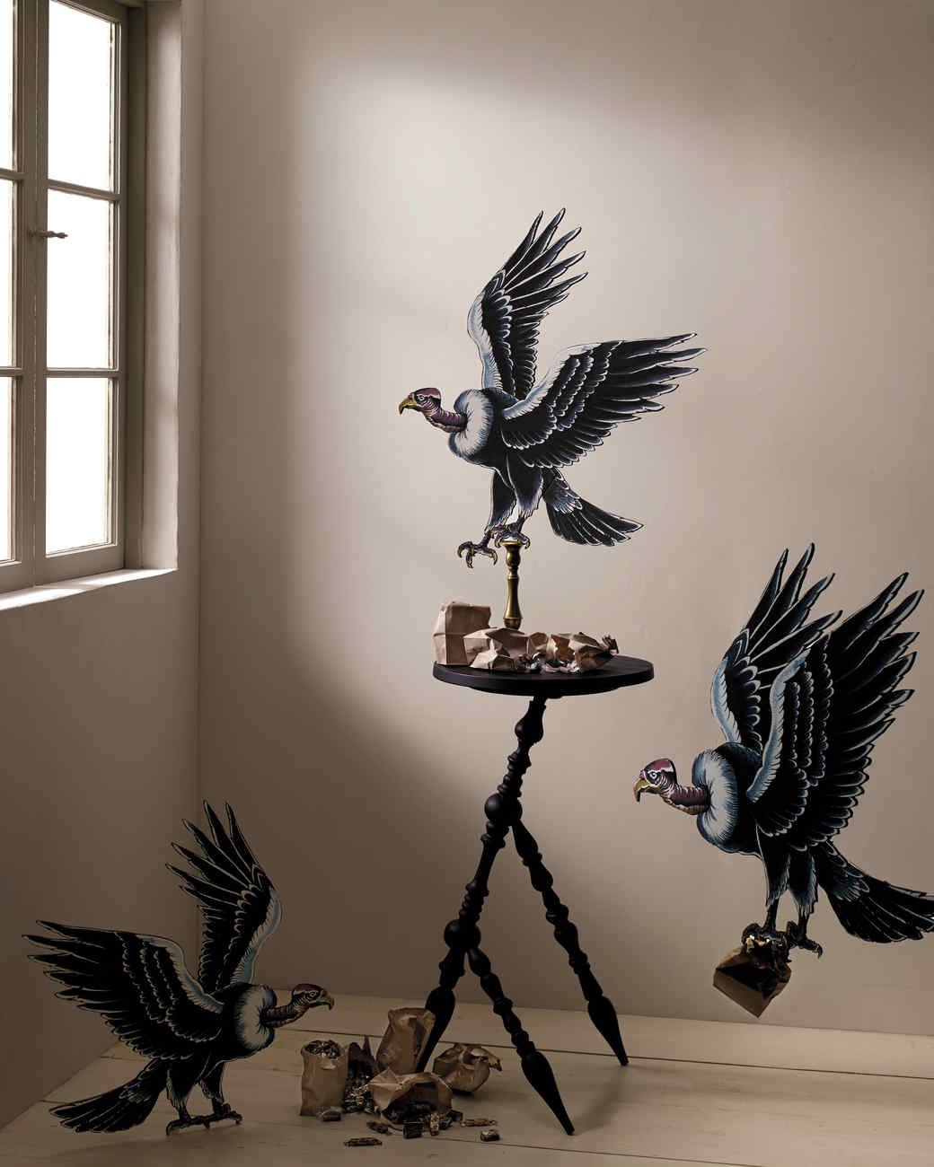 vulture-treat-table-001-md110411.jpg