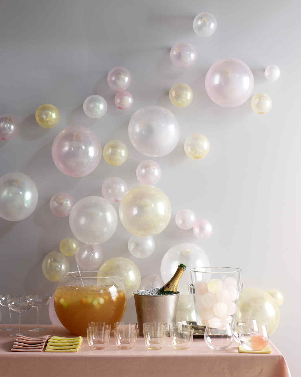 23 Balloon Ideas That\'ll Give Your Next Party Extra Pop | Martha Stewart