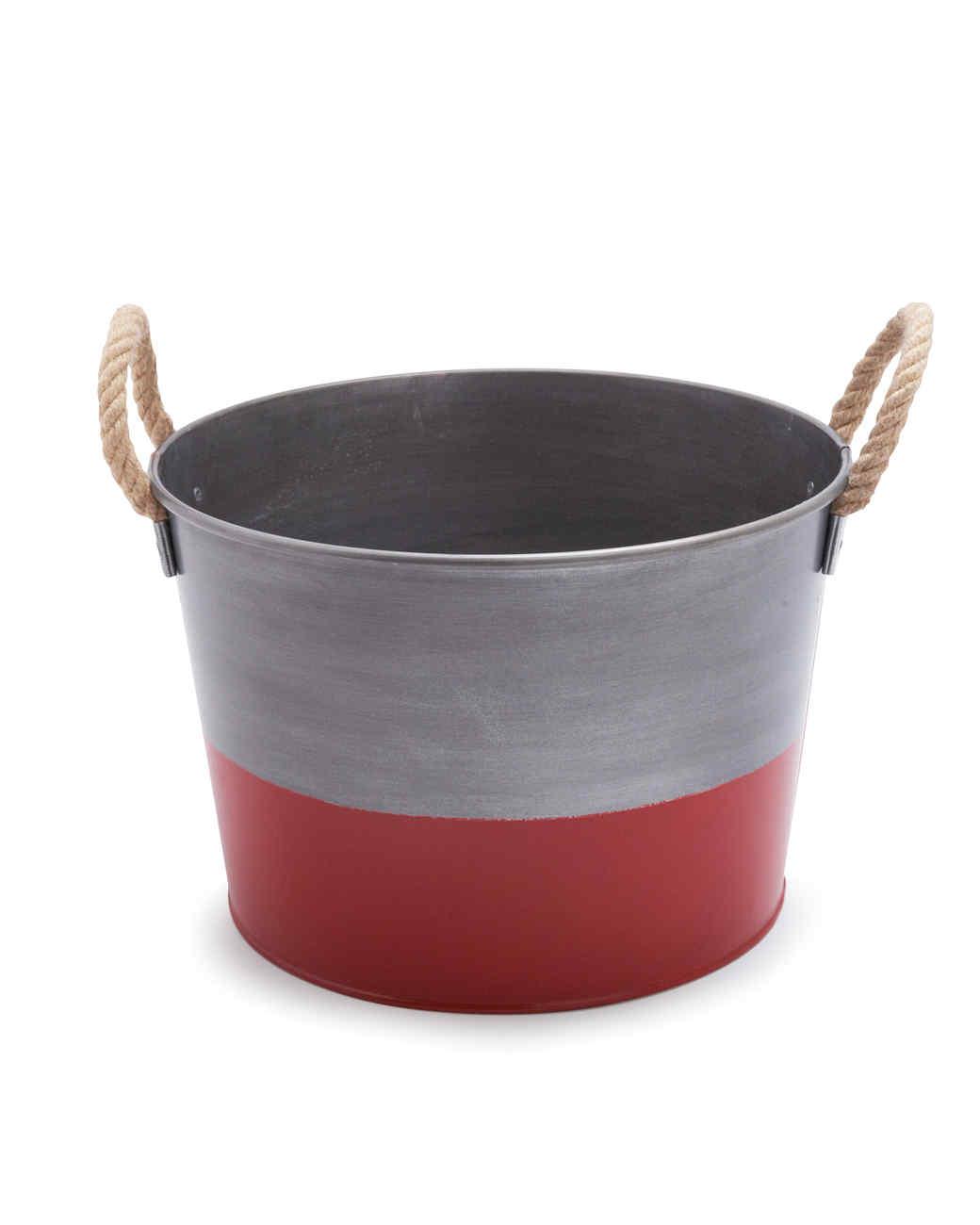 bucket-s111254-1457514-01i-0414-s.jpg