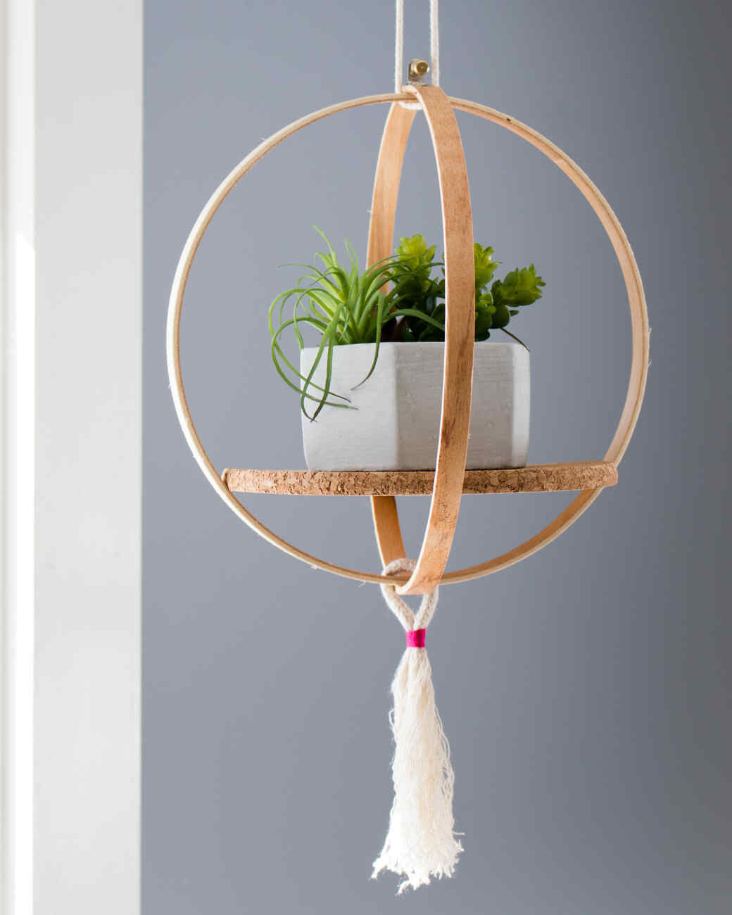 embroidery hoop plant hanger