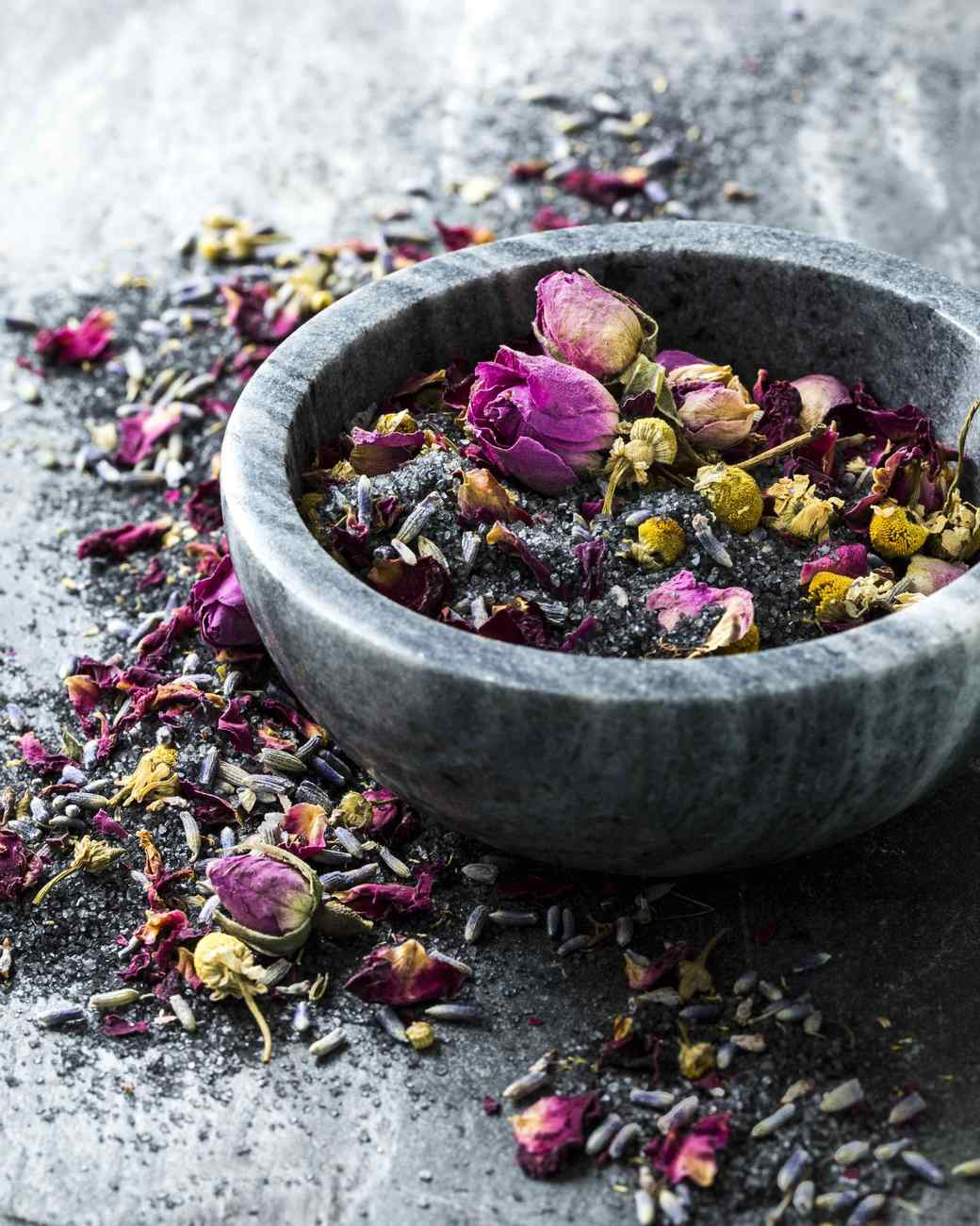 Midnight Lavender Rose Chamomile Bath Salts | Martha Stewart