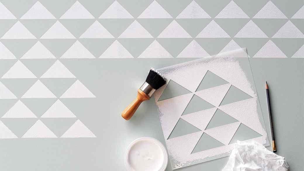 painted-floor-stencil-327-d112909.jpg